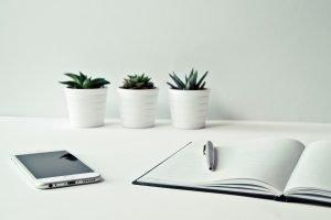 desk, smartphone, iphone